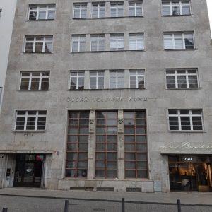 Osvětlení budovy České televize v Brně